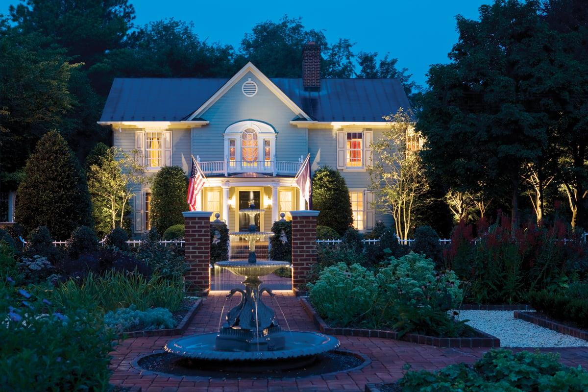 The Claiborne House was transformed by Alexandria architect Allan Greenberg.