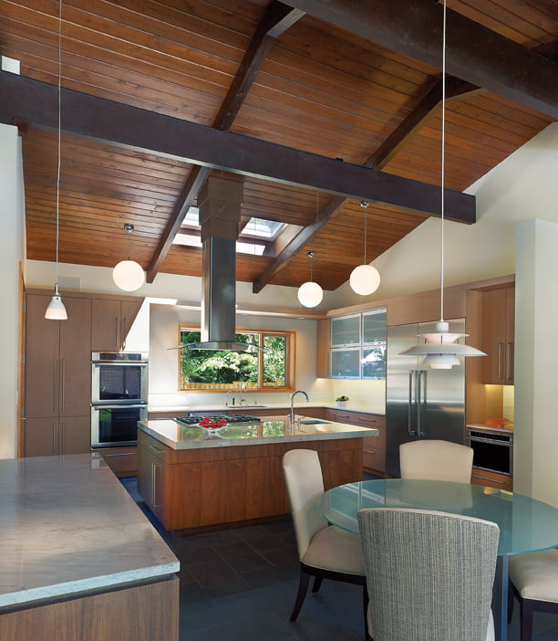 Mars collaborated with Lobkovich Kitchens on the kitchen, which incorporates a dining area.