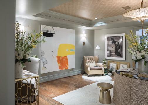 The art aficionado's lounge, by Terri Pakravan of Décor Dose.