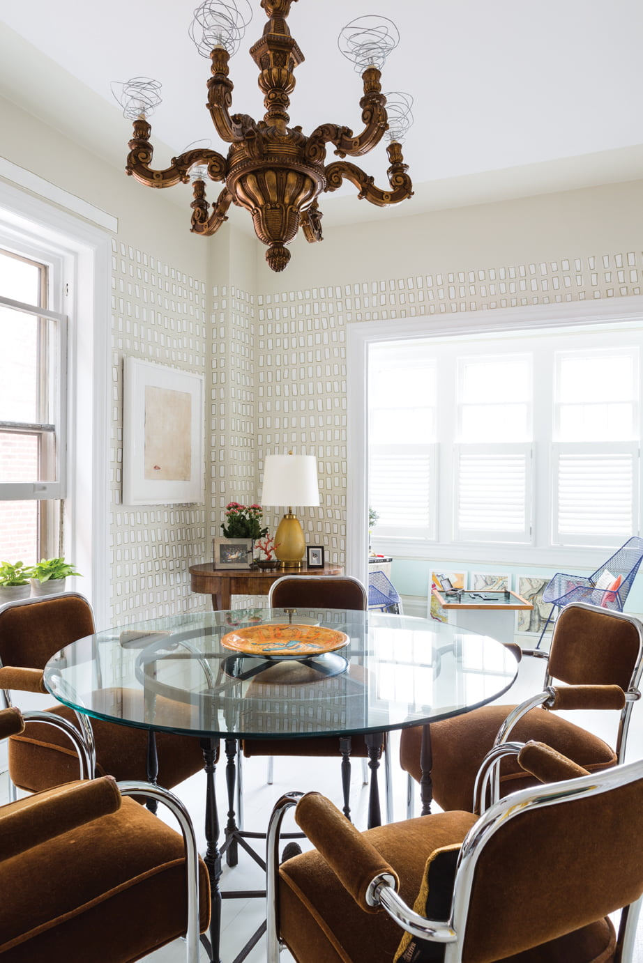Ireland Created A Freeform Pattern On The Dining Room Walls And In Lieu Of Shades