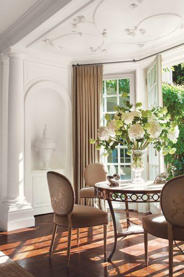Gardenside, by Thomas Pheasant Interiors. © Durston Saylor