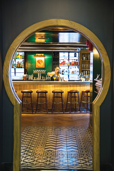 The Riggsby's inviting bar. © Scott Suchman