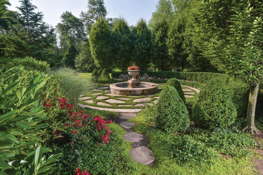 Potomac Playground - Home & Design Magazine