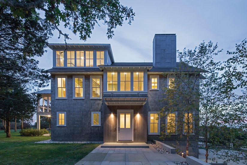 JURORS' CITATION:  Moore Architects, PC, Little Island House, West  Falmouth, Massachusetts. © Anice Hoachlander.
