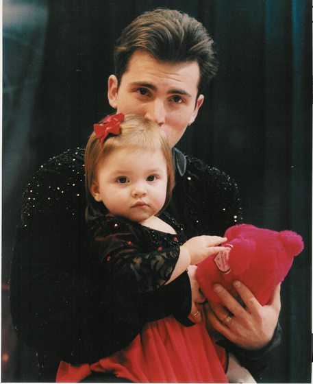 Tiny Annie Mae joined Michael at the 2000 U.S. National Championships.