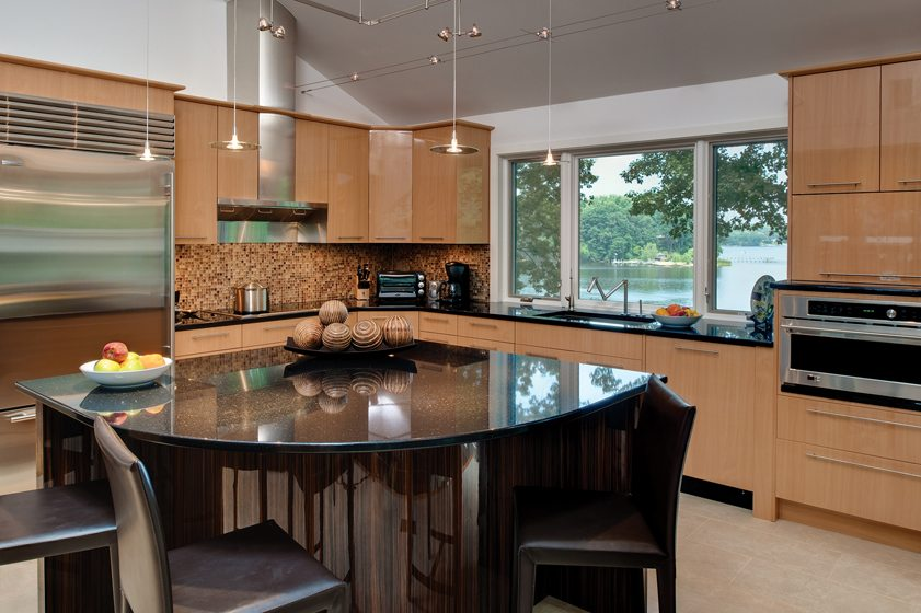 Publicover lowered the window in this kitchen to countertop level to create an unobstructed panorama of the Severn River.