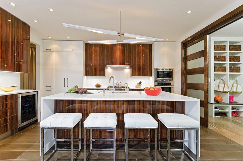 Grand, Entire House $750,001 To $1,000,000: TriVista USA. © DARKO ZAGAR.