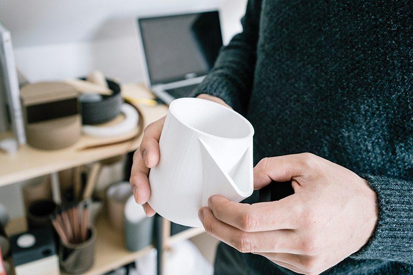 The designer produced a desk accessory mock-up using a 3D printer. © GREG KAHN