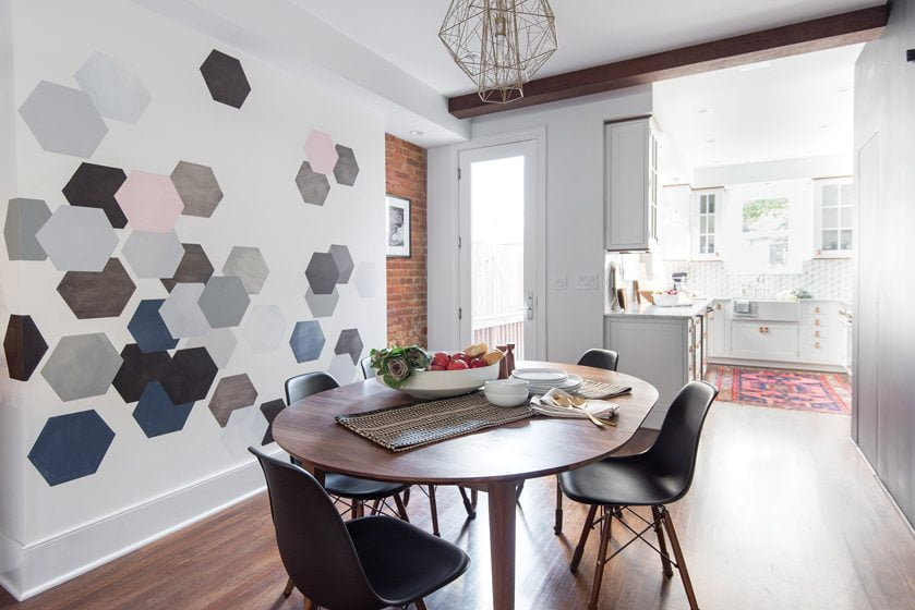 A mural of hexagons by local artist Kasey O'Boyle reinforces the blue-and-gray color scheme.