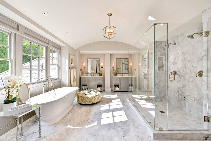 DESIGN & ARCHITECTURE, CUSTOM OR CUSTOMIZED INFILL HOME—5,001 to 7,000 square feet: DALE VIEW, McLean, Virginia. Artisan Builders, James McDonald Associate Architects. Photography: Artisan Builders