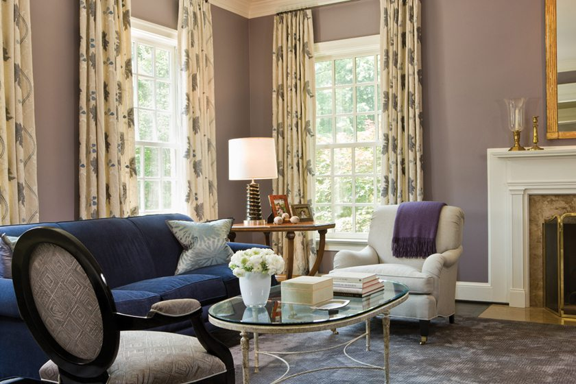 Chevy Chase designer Jodi Macklin tapped Gretchen Everett to fabricate window treatments for a house in Georgetown. In the living room, Everett selected drapes in Colefax & Fowler fabric with embroidered detail. © Anice Hoachlander