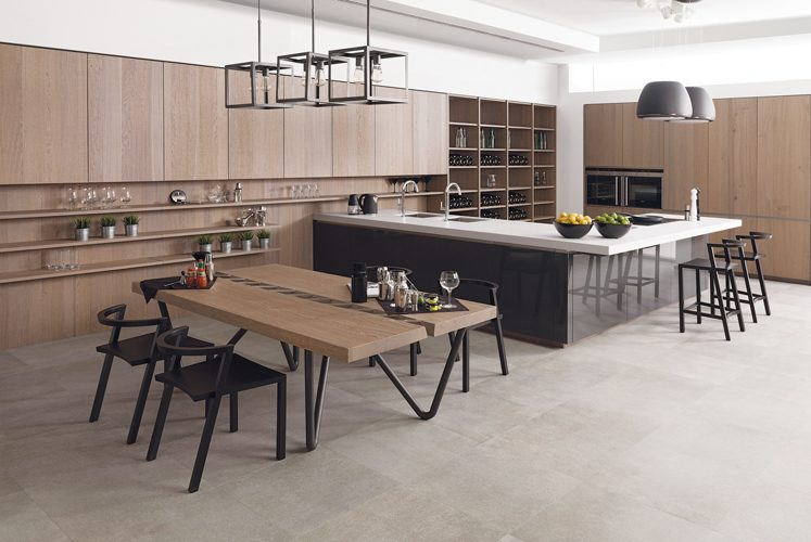 Roble Polvo cabinetry from Porcelanosa.
