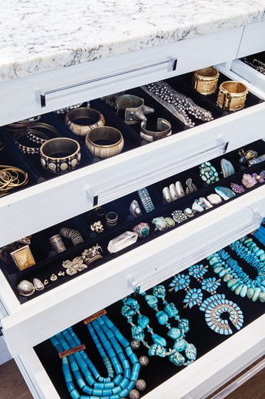 Velvet-lined drawers keep jewelry organized in the Closet Factory project. © Chicville USA