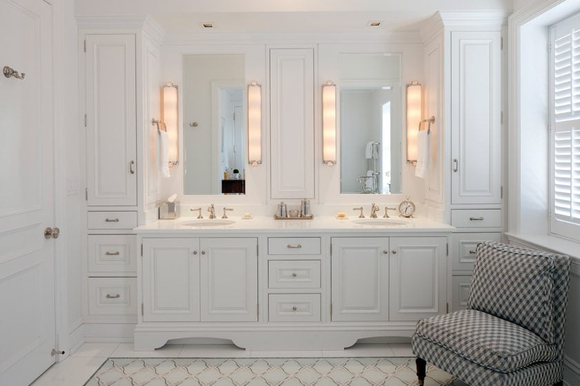 Delbert Adams Construction Group, LLC's Stunning Master Bath in Baltimore.  Photo: Anne Gummerson