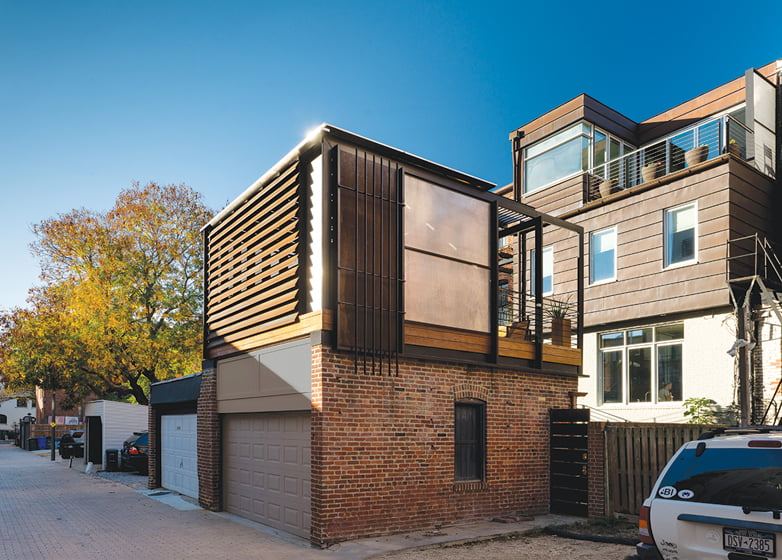 JURORS' CITATION: KUBE Architecture, Alley Armor,  Washington, DC. © Paul Burk