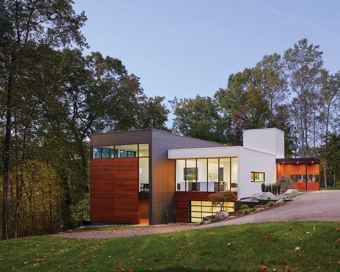 AWARD OF MERIT: Robert M. Gurney, FAIA, Architect, Oak Ridge Renovation, McLean, Virginia. © Anice Hoachlander