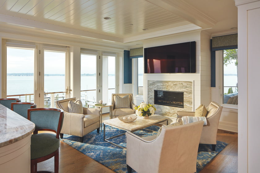 Gina Fitzsimmons furnished the living room with Bernhardt club chairs.