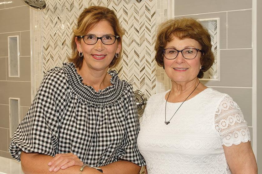 Louise Ferreras, Nancy Wilson.