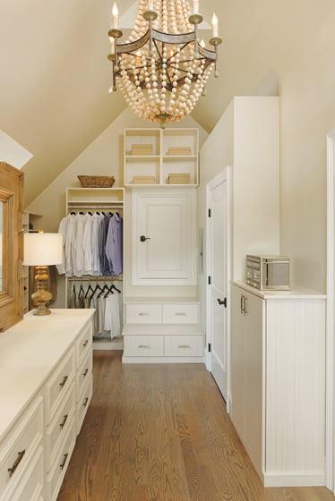 Custom closet from Closets by Design. © Bob Narod