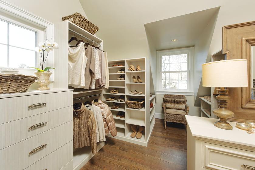 A custom closet from Closets by Design. © Bob Narod