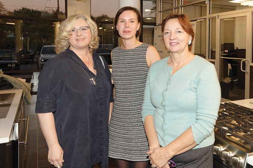 Nadia Galushko, Svetlana Foster, June Stanich.