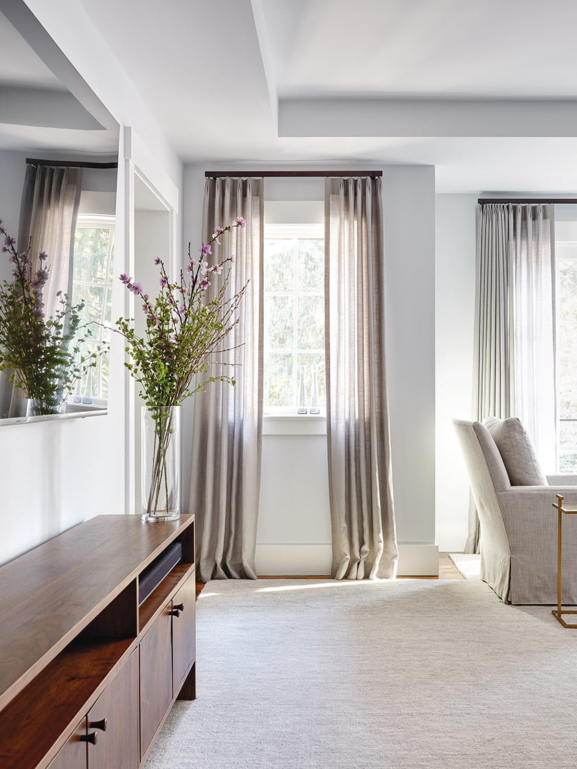 Stroheim drapes create a softening effect.