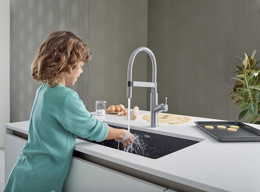 Blanco's SOLENTA Semi-Professional faucet.