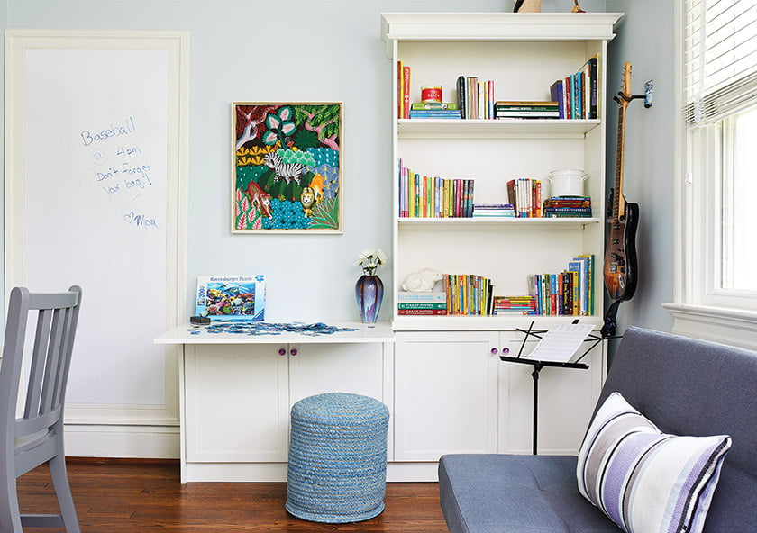 A convenient kids space for storage and studying by Laura Fox. © Stacy Zarin Goldberg