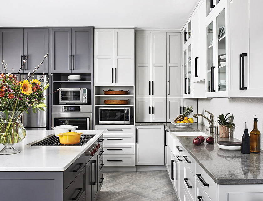 Case Architects & Remodelers—Merit Award for Residential Kitchen $100,001 to $150,000. © STACY ZARIN GOLDBERG